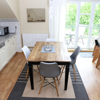 Küche und Esszimmer der Ferienwohnung Dörpskieker